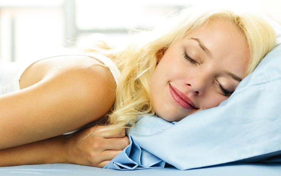 478呼吸法は眠れない夜に効果的にグッスリ眠れると話題!