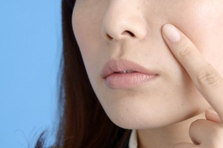 口角炎・口唇炎の原因と治療法!なかなか治らない時の対処法は?