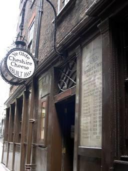 YE OLDE CHESHIRE CHEESE, OFF FLEET STREET, built in 1667