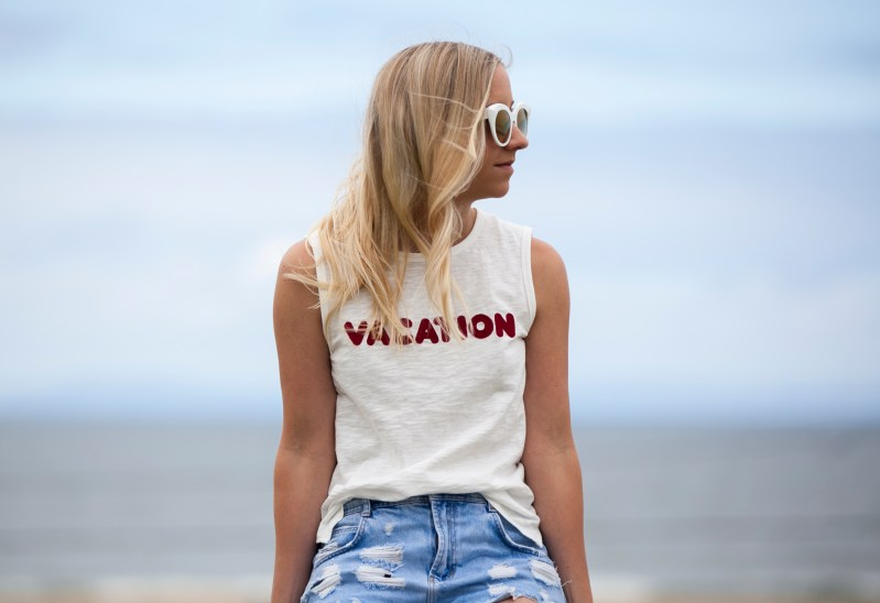 summer vacation graphic tee