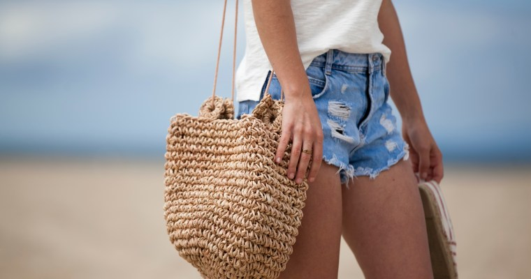 CURRENTLY COVETING: STRAW BAGS