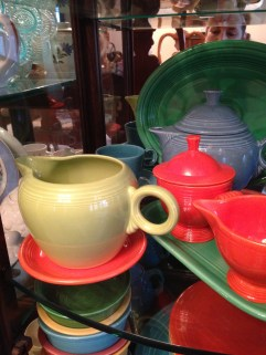 Photo credit- Sonnet's Mom for taking a pic of her fam's heirloom fiestaware