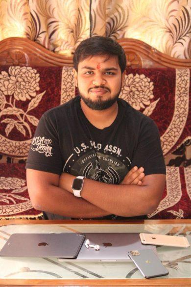 Sarvesh Shrivastava Blogger