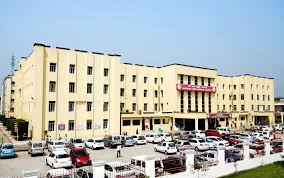 shri ram murti smarak institute of medical sciences
