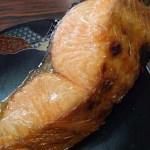 サクラマス(桜鱒)の白焼きとサクランボ