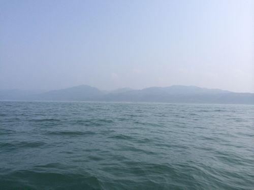海上からの陸の景色