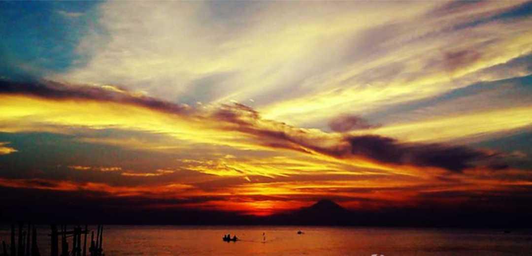 sunset pantai ampenan lombok