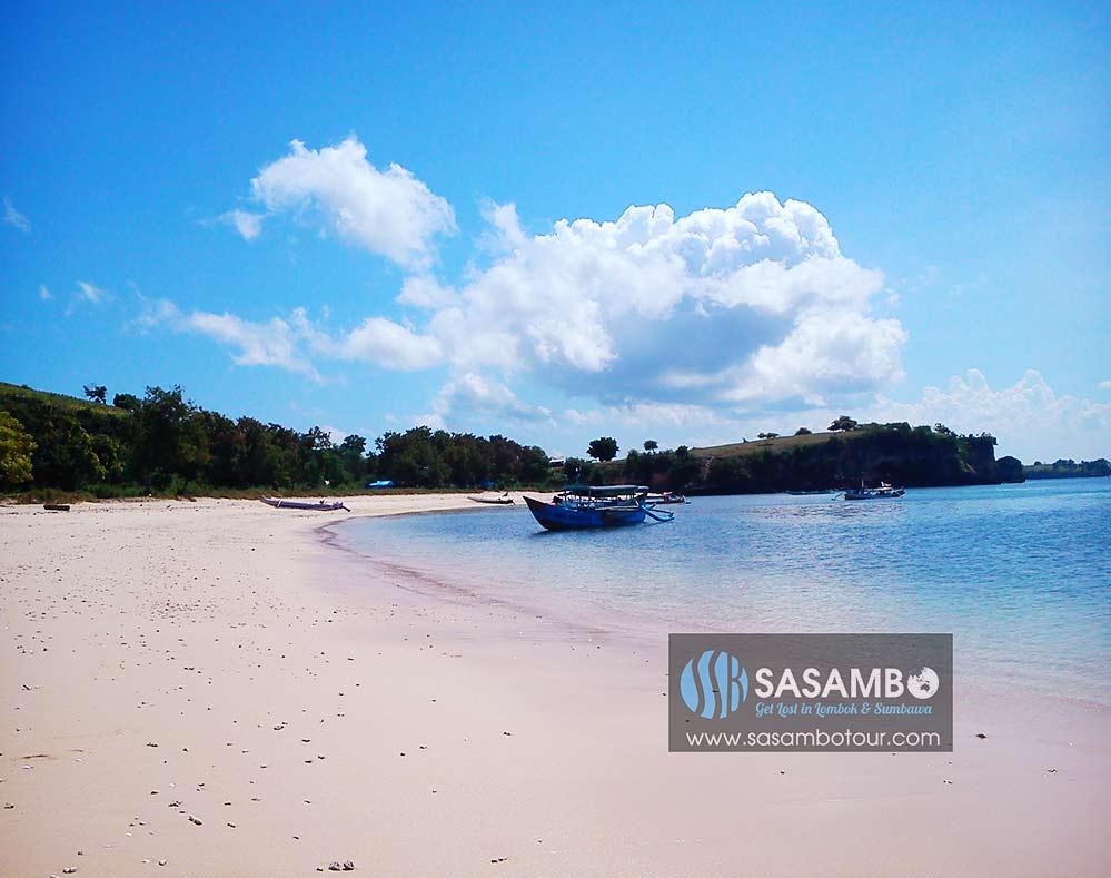 Pantai Pink Lombok Timur
