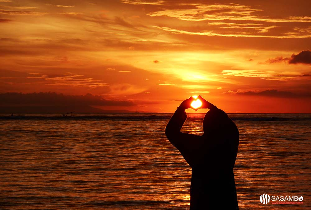 Pesona 9 Spot Sunset Lombok