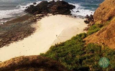 Terpukau Keindahan Pantai Tanjung Bongo