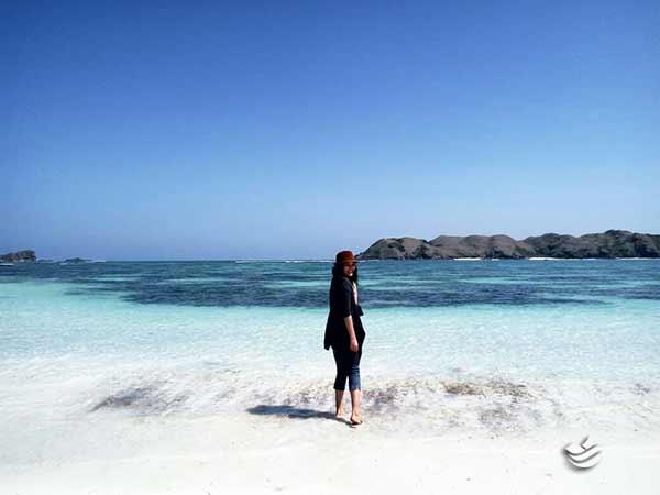 pantai seger paket wisata lombok 3 hari 2 malam