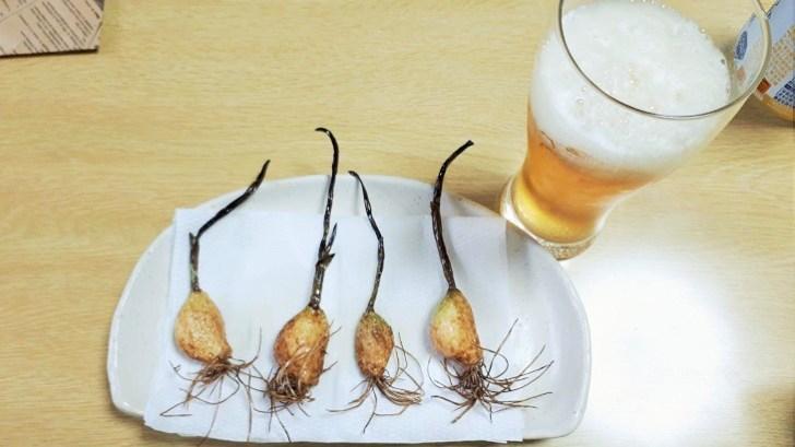 発芽にんにく素揚げとビール