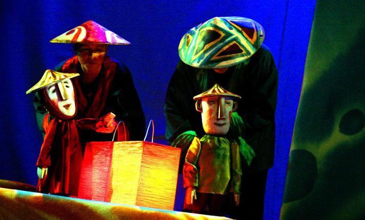 2020-03-03: Mały Teatr Kępa: Zaczarowane wycinanki