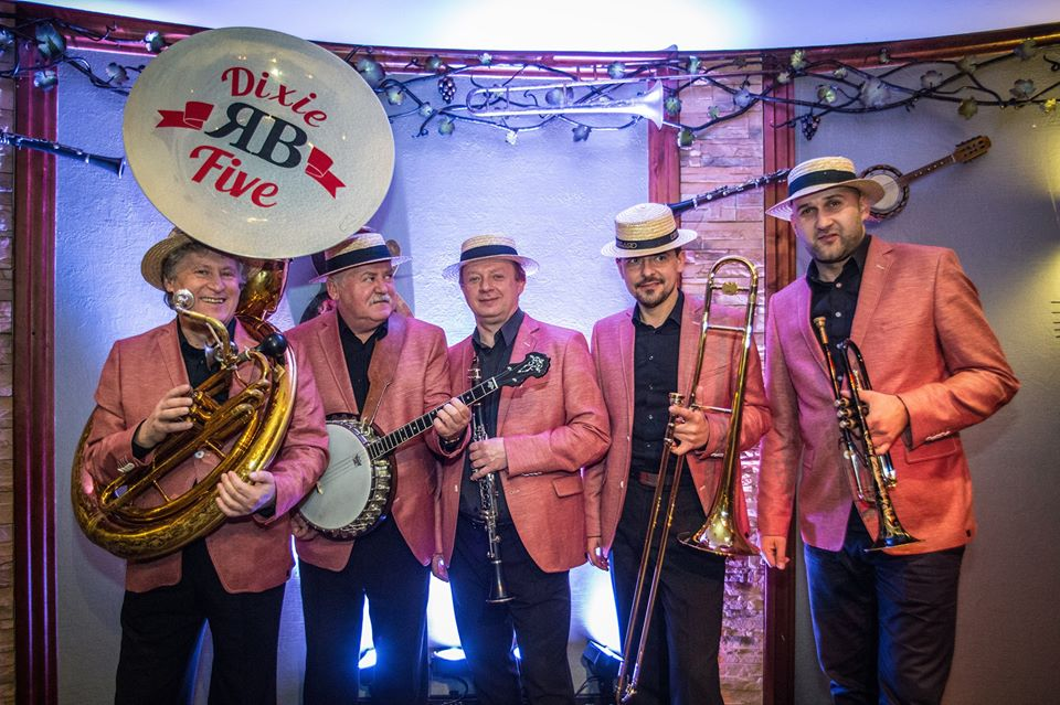 2018-08-05: Muzyczne dachowanie/ PROM do Nowego Orleanu: R.B. Dixie Five
