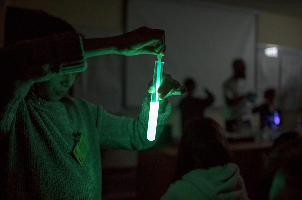 2020-01-20: Niezwykła chemia światła – zajęcia dla dzieci