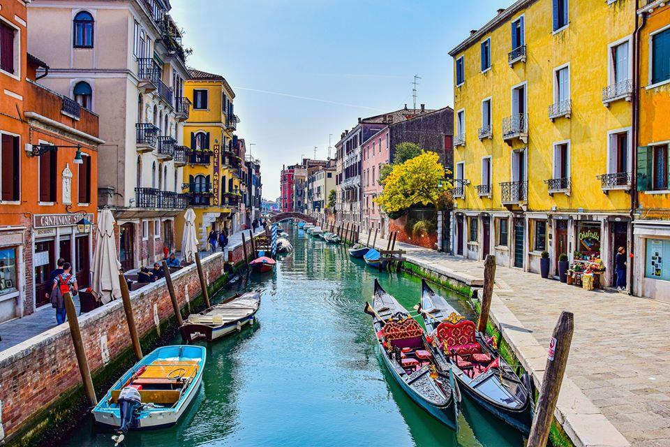 2020-03-25: Nieturyści w domu: Wenecja w czasie pandemii i nie tylko/ online