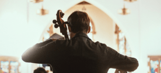 Cellist Oleksander Mycyk