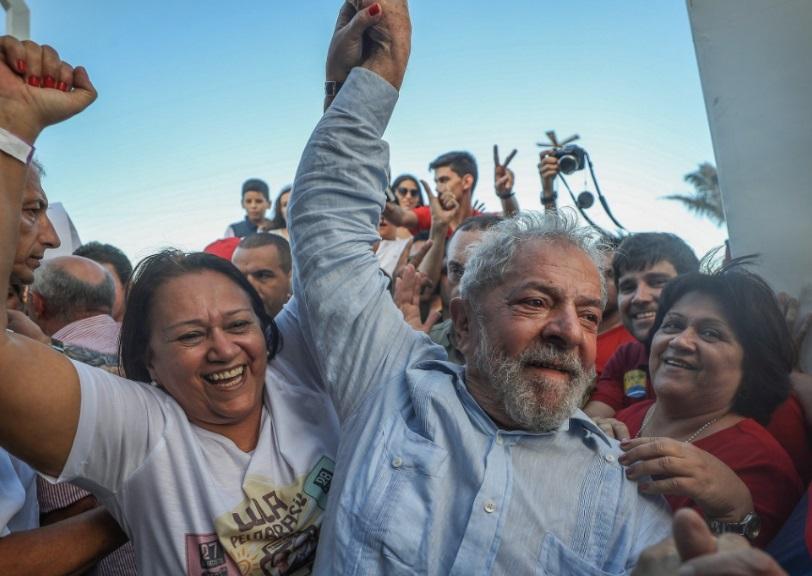 Advogados e juristas denunciam manobra de Fachin para impedir que Lula seja solto