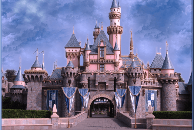 Sleeping_Beauty_Castle_DL_by_wdwparksgal