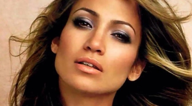 Jennifer Lopez makeup and hair