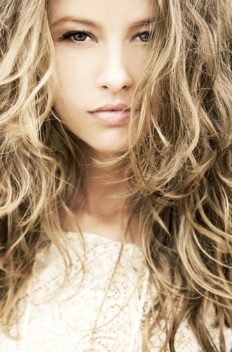 TRESemme Perfectly UnDone Beach Wave