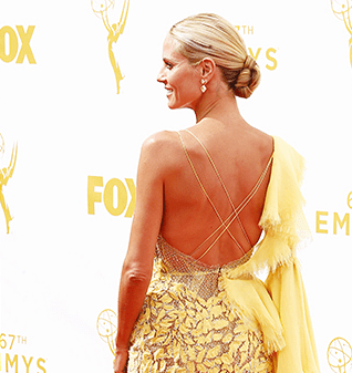 Heidi-Klum-Emmys-2015-Hair-Earrings