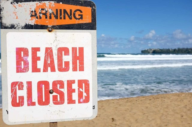 All the new rules for December: Closed beaches, booze restrictions, and curfews