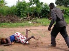 Man beats neighbour's wife for cheating