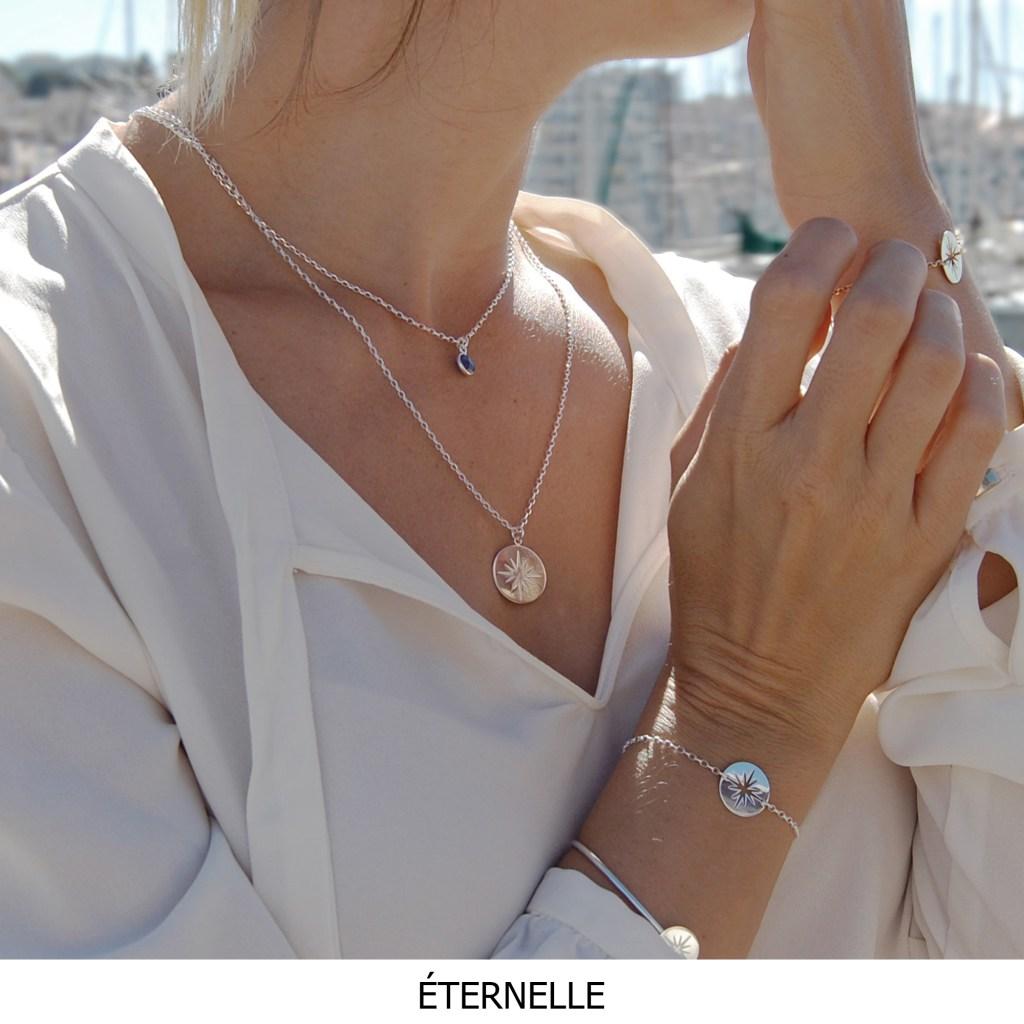 Découvrez les bijoux Éternelle inspirés des nuits étoilées. Une collection sensible et épurée faisant référence à la vasteté de l'univers.