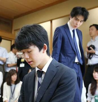 http://www.jiji.com/news/handmade/topic/d4_stc/ssy030-jpp024384864.jpg