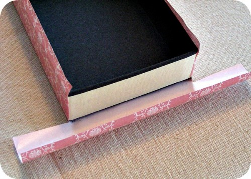 Covering a box with shabby chic drawer liner