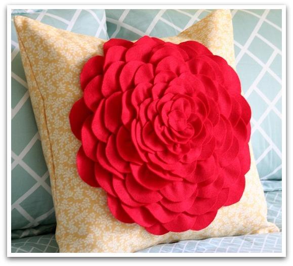 DIY Petal Pillow via Vanessa Christenson