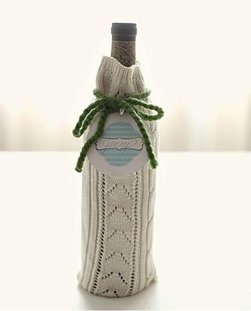 DIY wine wrap - Grey Likes Weddings
