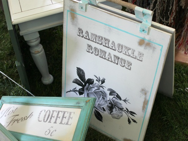 Shopping for Home Decor in Canada - Vintage with Flair Market - Ramshackle Romance