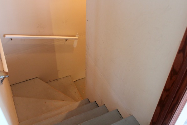 Basement Makeover - Stairwell BEFORE