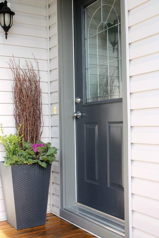 Front Door Paint Color Benjamin Moore S Wrought Iron Blue Black