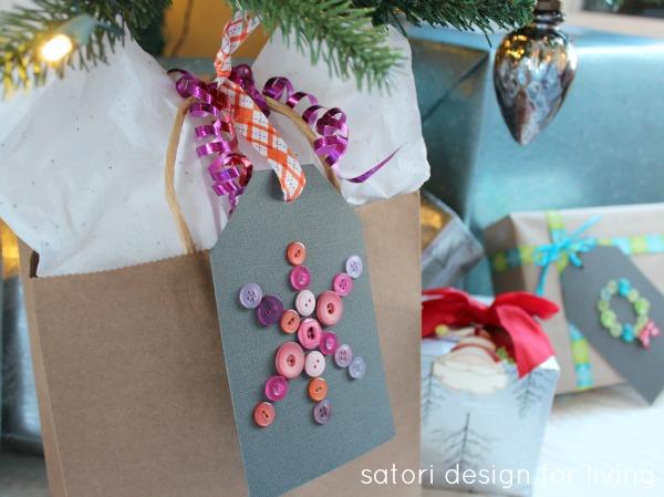 Snowflake Button Gift Tag