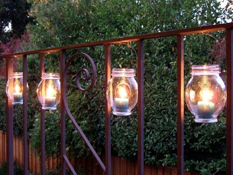Outdoor Decorating - Hanging Outdoor Lanterns on Fence - Crafty Nest