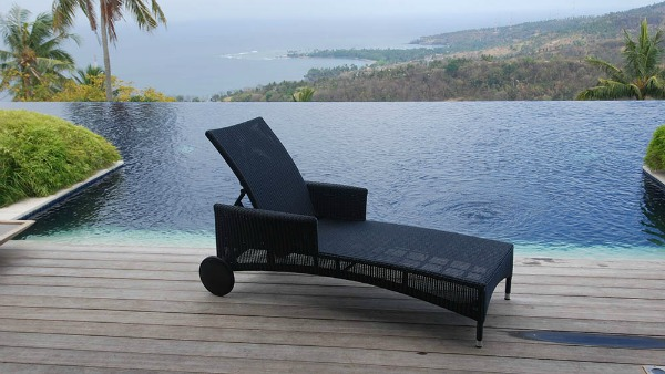 Acapulco Lounger Mountain House Furniture