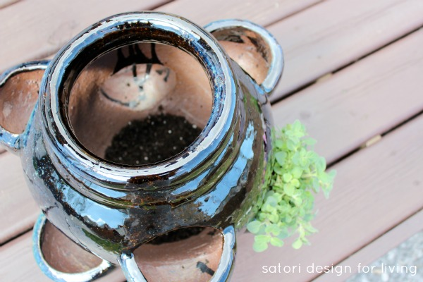 How to Plant a Strawberry Pot Herb Garden - Other Uses for a Strawberry Pot