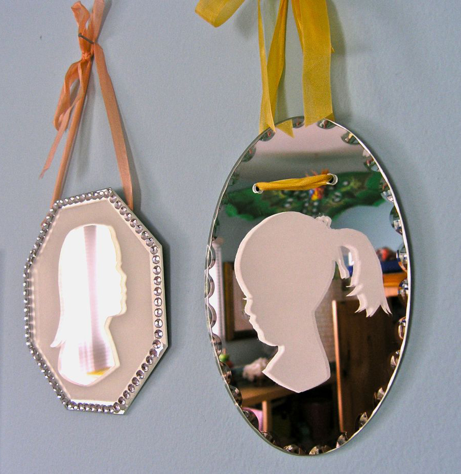 Handmade Gift Ideas | DIY Silhouette Mirrors | Modern Mom