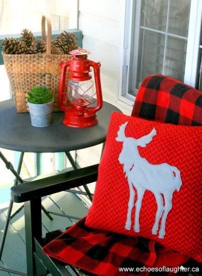 Front Porch Decorating for Christmas - Canadiana Style - Echoes of Laughter