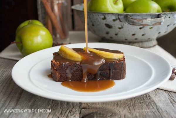 All Things Christmas - Gingerbread with Caramel Sauce - Keeping With the Times