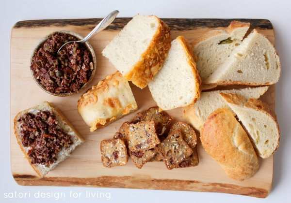 Easy Entertaining Ideas for the Holiday Season | Olive Tapenade and Bread on Rustic Board | Satori Design for Living