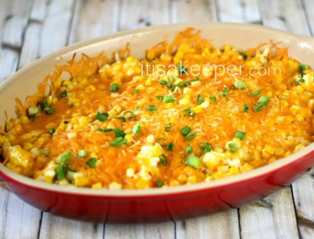 Super-Easy-Recipes-Cheddar-Corn-Casserole-on-Its-a-Keeper