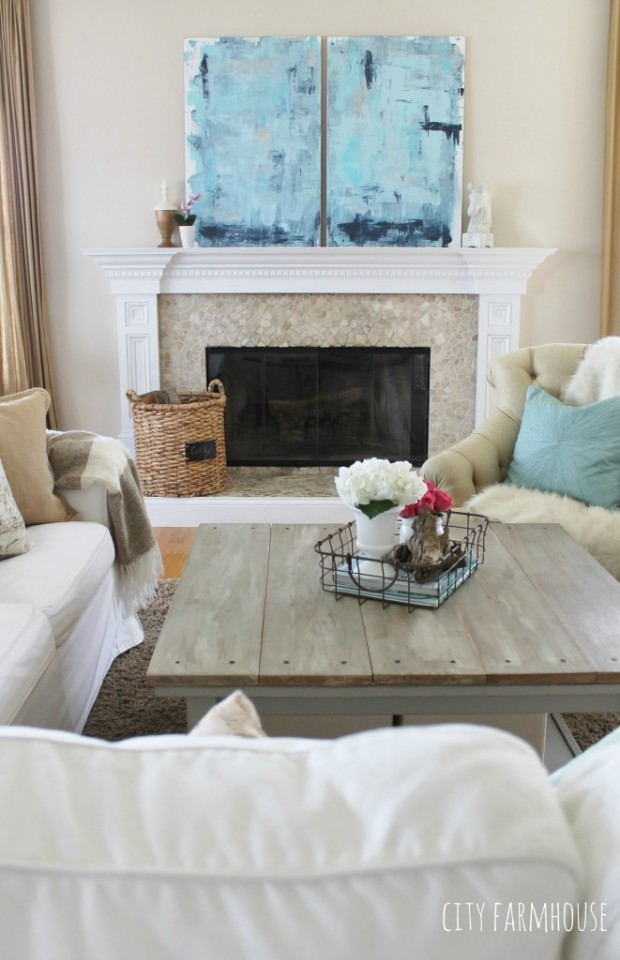 DIY Art Ideas - Coastal Painting by City Farmhouse