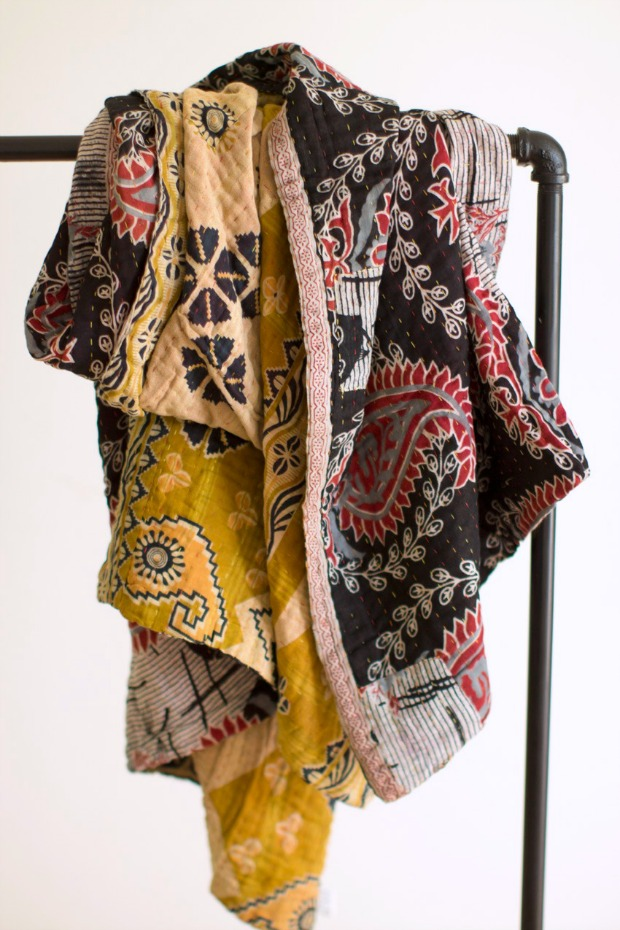 Kantha Throw Dignify - Holiday Gift Idea