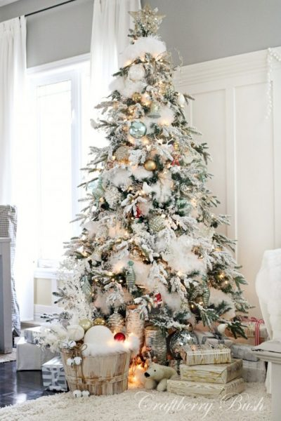 Christmas Inspiration - House Tour Flocked Christmas Tree - Craftberry Bush