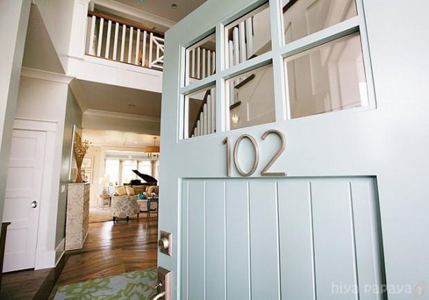 Benjamin Moore Wythe Blue Painted Front Door - Hiya Papaya via House of Turquoise