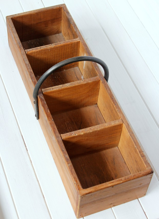 Come see how I transformed this wooden vintage tool box into a planter for spring!